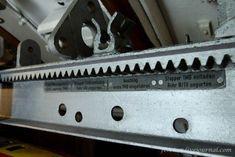 U-995: A torpedó rakodószerkezet bezárása