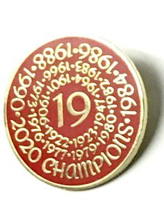 Liverpool Champions 2020 Round Pin Badge - Gold Liverpool Fc Gifts, Liverpool Premier League, Liverpool Champions, Premier League Champions, Liverpool Football Club, Liverpool Fc Wallpaper, Best Football Team, Pin Badges, England