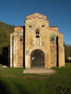 SAN MIGUEL DE LILLO  Estilo: Asturiano/Ramiro I  Época: Siglo IX  Estado de conservación: Parcial  Situación: Oviedo
