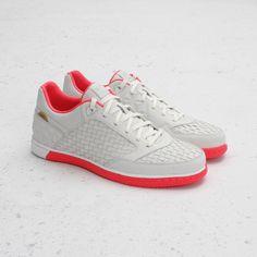 Nike5 Streetgato QS (Summit White/Solar Red)