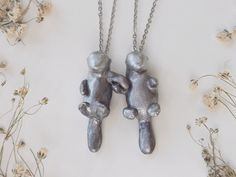 Pair of Otter Necklaces - Best Friend Jewelry by Meadow and Fawn | #advertiserloveday