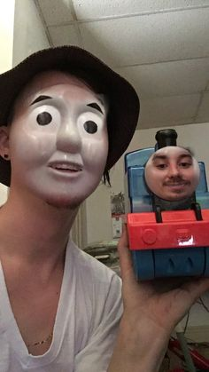 Because everyone loves Thomas the Tank Engine, but nobody loves Eric the Tank Engine. 21 Signs We've Taken Face-Swaps Too Far Funny Gags, Stupid Funny, The Funny, Funny Memes, Hilarious, Funny Face Swap, Face Swaps, Thomas The Tank, Romance Movies