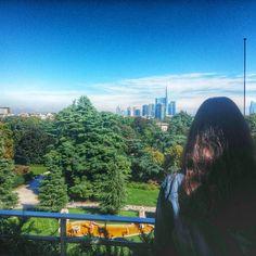 Hey you Milan! #milanese #milano #triennale #triennalemilano #sempione #skycraper #gaeaulenti #park #italy #expo2015 #friends #mirador #milanodavedere #bachelor #osteriaconvista by cerru42