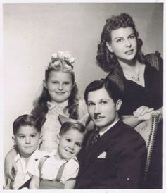 Crawford family (before birth of brother Cory [Corydon, deceased]). Left to right: Bobby, Nance, Johnny, Bob, Betty.