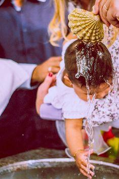 O Batizado é um ritual de muita emoção e fé para toda a família. Imagine a emoção dos pais e padrinhos, os detalhes do sapatinho e da roupinha da criança.