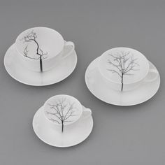 Dibbern Black Forest collection available through Bodo Sperlein.Dibbern Black Forest décor is applied to different cups Ceramic Tableware, Ceramic Plates, Ceramic Pottery, Pottery Art, Bodo, China Painting, Ceramic Painting, Ceramic Art, Porcelain Vase