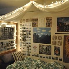 College dorm: I think a canopy would look great over my futon!