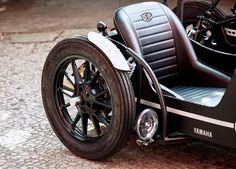 Deus Ex Machina Yamaha D-Side Motorcycle Deus Ex Machina, Bike With Sidecar, Side Car, Harley Davidson Trike, Motorcycle Men, Scrambler Motorcycle, Vintage Boats, Mens Gear, Bike Design