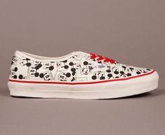 Mikey mouse shoes!!!, love dem