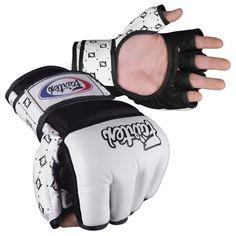 Fairtex Amateur MMA Competition Gloves - Sok Sai Gear - Muay Thai Store Selling Muay Thai Shorts, Gear and Equipment Mma Gloves, Boxing Gloves, Mma Equipment, Sports Equipment, Training Equipment, Ufc, Muay Thai Kicks, Sparring Gloves, Mma Boxing