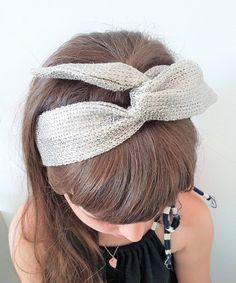 ab01cc37d 14 fantastiche immagini su Fasce per capelli da ragazza