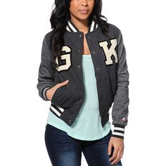 Be the lead of your class with the style of the Glamour Kills GK Academy varsity jacket for girls. Designed with a Charcoal Grey quilted body, light insulation and Heather Charcoal sleeves, this jacket from Glamour Kills has White GK varsity style patches at the front to keep you in Grade-A style.