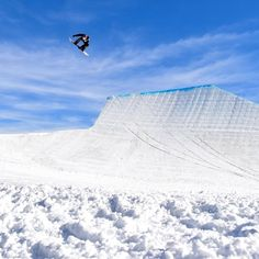Some epic Snowboarding pins to inspire you in the winter snow. Winter snow, snowboarders, snowboards, alps, switzerland, finland Epic, belgium, scotland, air, cold, white snow, winter sports, fall