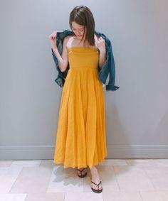 AK+1 by EFFE BEAMS 大人気の2WAY マキシスカートに新色yellowが加わりました。 着るだけで、元気のでる太陽カラー。 夏が待ち遠しいです♡