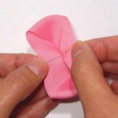 木の葉型リボンの作り方(3) Ribbon, Tape, Band, Ribbon Hair Bows, Bows, Bow
