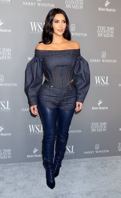 Fashion Idol, 2000s Fashion, Denim Fashion, Fashion Outfits, Khloe Kardashian Style, Kardashian Family, Kardashian Jenner, Celebrity Faces, How To Look Classy