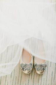 Hollywood Wedding from onelove photography - Style Me Pretty