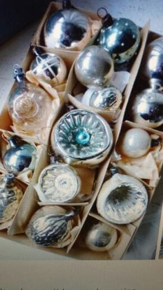 Antique ornaments How beautiful they'd make treetopia trees look #Treetopia Holidays
