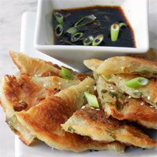 Scallion Pancakes: King Arthur Flour - They're messy to make and to cook, but the combination of crispy, chewy, salty, and savory is both irresistible and unforgettable. I Love Food, Good Food, Yummy Food, Yummy Eats, Vegetarian Recipes, Cooking Recipes, Cooking Stuff, Scallion Pancakes, Asian Cooking