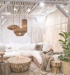 50 Boho Style interior design ideas: bringing more joie de vivre and serenity into your home! - All For Garden Boho Bedroom Decor, Home Bedroom, Living Room Decor, Living Spaces, Ikea Bedroom, Bedroom Furniture, Dining Room, Interior Bohemio, Decoration Chic