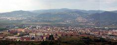 Si estás pensando en vivir en esta comarca y estás mirando la sección de #ventadecasadeSantFeliu de Llobregat, descubrirás que es una ciudad que esconde muchos secretos, pero es difícil encontrar una buena oportunidad. En este artículo te descubriremos algunos de ellos.