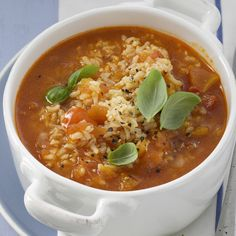 Now cook tomato and rice soup in 20 and discover numerous other Weight Watchers recipes. Now cook tomato and rice soup in 20 and discover numerous other Weight Watchers recipes. Dessert Weight Watchers, Plats Weight Watchers, Weight Watchers Lunches, Quick Recipes, Quick Easy Meals, Soup Recipes, Healthy Recipes, Healthy Soup, Desserts Végétaliens