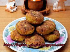 Πιπεριές γεμιστές με τρία τυριά και ζαμπόν Party Finger Foods, Healthy Beauty, Greek Recipes, Muffin, Bread, Cooking, Breakfast, Ethnic Recipes, Food Ideas