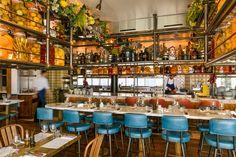 Big Mamma restaurants are laid-back trattoria serving the most authentic Italian food. Decoration Restaurant, Design Bar Restaurant, T Bone Steak, Bar Clandestin, Ampoule Design, Outdoor Restaurant Patio, Vancouver, Resto Paris, Pink Instagram