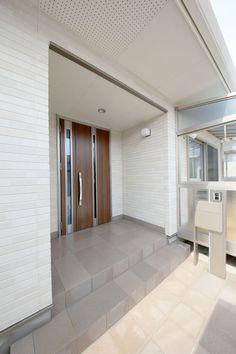 Garage Doors, Outdoor Decor, Home Decor, Houses, Interior Design, Home Interior Design, Home Decoration, Decoration Home, Interior Decorating