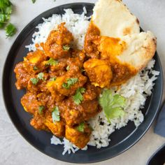 Chicken Curry is flavorful Indian-inspired dish made in just Tender chicken is cooked in a homemade curry sauce that's perfect over rice! Homemade Curry, Homemade Sauce, Tandoori Chicken, Chicken Curry, Curry Ingredients, Best Mashed Potatoes, Indian Food Recipes, Ethnic Recipes, Easy Family Meals