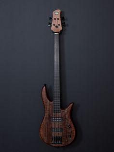 Monarch 4 Fretless Standard Bass