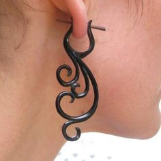 If I had pierced ears, I would wear these all the dang time.