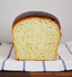 Toastový chléb bez hnětení - Maskrtnica Bread Bun, Dumplings, Bread Baking, Cornbread, Vanilla Cake, Banana Bread, Bakery, Toast, Food And Drink
