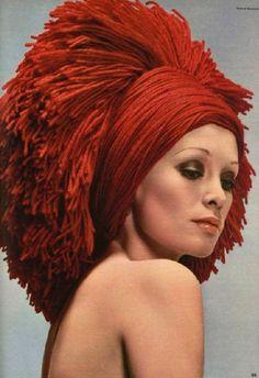 JEAN BARTHET 1970.- Yarn wig. Make-up: Harriet Hubbard cosmetics. http://jean.barthet.free.fr/ http://en.wikipedia.org/wiki/Harriet_Hubbard_Ayer                                                                                                                                                      More