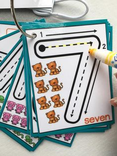 Little Numbers Dry erase counting clip cards flash cards Preschool Learning Activities, Preschool Activities, Kids Learning, Preschool Writing, Children Activities, My Busy Books, Kindergarten Graduation, Learning To Write, Busy Bags