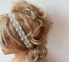 Hey, I found this really awesome Etsy listing at https://www.etsy.com/listing/199106013/wedding-hair-accessory-bridal-headbands