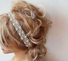 Wedding hair Accessory Bridal Headbands Pearl Wedding by ADbrdal #bride #wedding #weddingaccessory #weddinghair #weddingveil