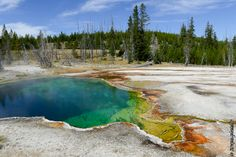 Au Parc National de Yellowstone (from Krupa photographies - Galeries) Parc National, National Parks, Yellowstone National Park, Wyoming, Landscape Photography, Places To Visit, Around The Worlds, River, Mountains