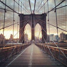 Brooklyn Bridge - Нью-Йорк, NY