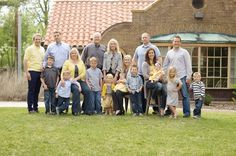 Yellows and blues for family photo, large group-- Family Reunion Photos, Extended Family Photos, Family Photos What To Wear, Large Family Photos, Family Photo Sessions, Family Posing, Family Pictures, Family Images, Group Photos