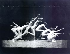 Eadweard Muybridge. Google Image Result for http://auxochromo.files.wordpress.com/2011/04/3695958436_43ae8a57db.jpg