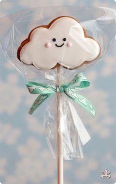 En la nubes #galletas #pasteles #galletitas #cuqui
