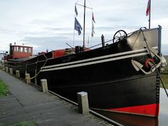 Luxe Motor Anthonetta barge netherlands Dutch Barge, Floating House, Houseboats, Luxury Yachts, Swords, Just Go, Motors, Netherlands, Knives