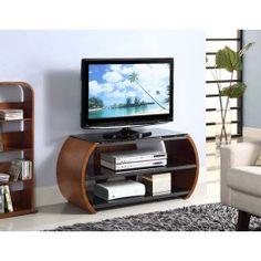 De Highland van Jual Furnishings heeft een uniek design met zijn ronde vormen en strakke zwarte glasplaten. Het TV meubel geeft de ruimte voor het plaatsen van uw video- en audioapparatuur, en op de topplaat is er plek voor uw TV scherm.