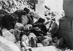 Well entrenched German Fallschirmjäger defend the ruins of the famous Monastery, inflicting heavy casualties on assaulting Allied forces. Monte Cassino, 1944.