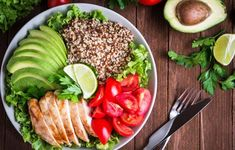 This is a detailed article about quinoa and its health benefits. Here are 10 ways that quinoa can improve your health, A Highly nutritious food. Healthy Salads, Healthy Dinner Recipes, Diet Recipes, Healthy Eating, Lunch Recipes, Healthy Foods, Healthy Dinners, Easy Recipes, Meatless Recipes