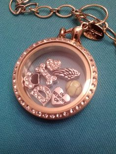 origami owl, dog, puppy, remember, in memory of, keepsake, love, paw, bone, heart, wing, tennis, softball, D, gold, crystals, chain, necklace, locket, jewelry, custom, personalized  ORDER AT:  susanb.origamiowl.com by clicking on the picture!