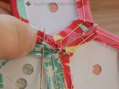 Buttons and Butterflies: English Paper Piecing {Tutorial}