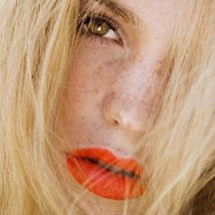 CLICK HERE http://www.youtube.com/channel/UCqEqHuax3qm6eGA6K06_MmQ?sub_confirmation=1 Beauty Inspo  #summer #makeup #beauty #inspo #look #trend #redlip #freckles #blonde #hair #instabeauty by ukglamorous