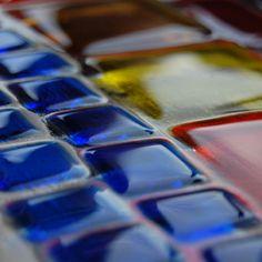 Kolorowe szkło stapiane z manufaktury Riwal. Fusing. Fused glass.